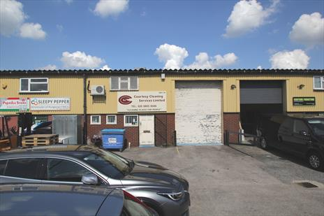 Warehouse To Let - Enfield - EN3