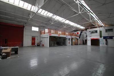 Excellent Warehouse Unit To Let - Waltham Abbey EN9