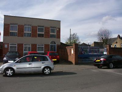 Offices with Warehouse & Yard To Let - Enfield EN3