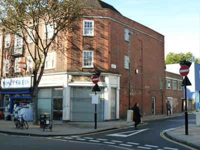 Corner D1 Educational Use Property - Junction Road N19