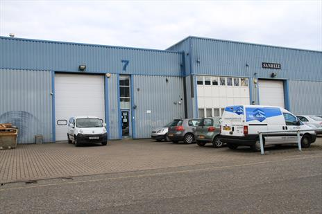 High Bay Warehouse with Offices To Let - Potters Bar