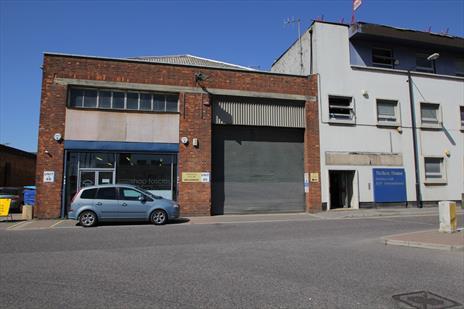 Industrial Warehouse To Let - Edmonton N18.