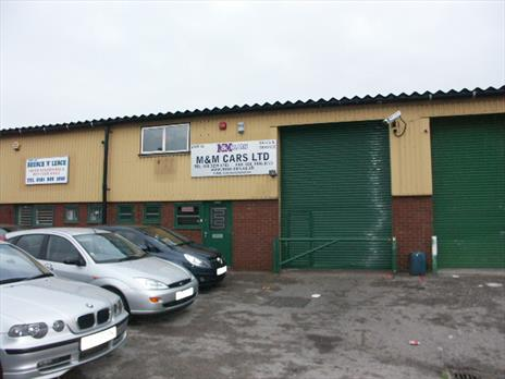 Modern Single Storey Industrial Unit / Warehouse To Let - Enfield EN3
