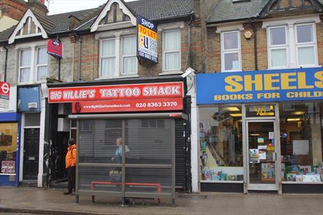 A1 Shop To Let - Enfield EN2