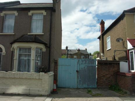 Freehold Builders Yard with Residential Development Potential For Sale - London N17