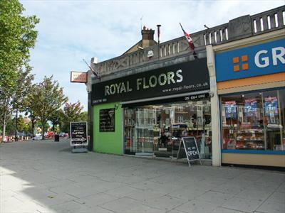 Retail Shop (A1 Use) - Bush Hill Park, Enfield, London N9