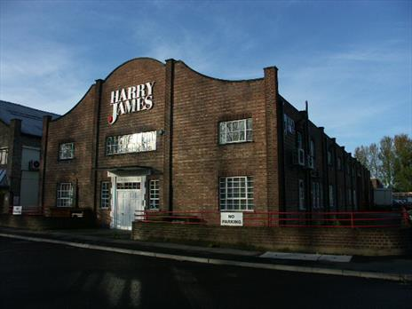 Warehouse Units From 2,258 Sq Ft To Let - Waltham Abbey