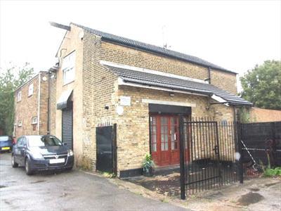 Small Office/Studio For Sale - Enfield EN1