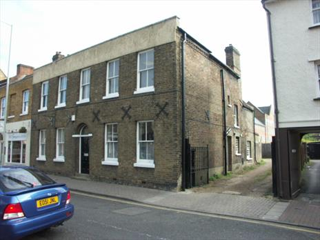 Offices to let - Ware, Hertfordshire