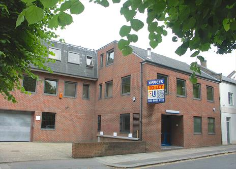 Small Office Suite To Let - Enfield EN1