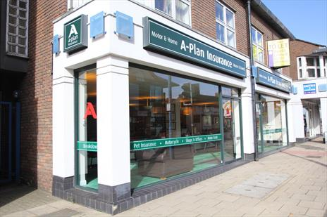 Prominent High Street A2 Office / Retail Unit - Potters Bar EN6