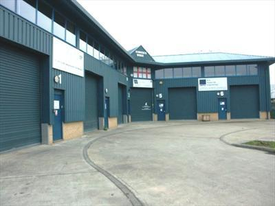 Warehouse with Mezzanine Offices To Let - Cheshunt EN8