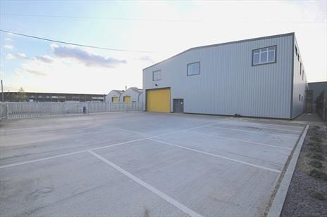 Industrial Warehouse Units With Private Yards To Let or For Sale - Edmonton N18