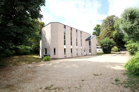 Freehold D1 Church with Development Potential For Sale - Barnet EN5