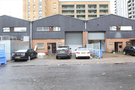 Industrial Warehouse To Let - Tottenham N18
