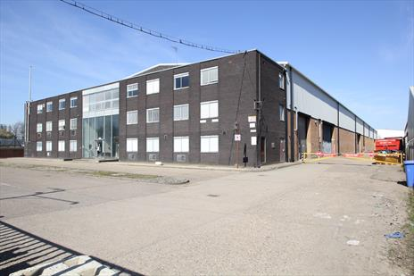 Industrial / Warehouse Unit in Edmonton London N18