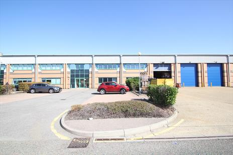 14,000 sq ft Enfield Warehouse - only £9.80 psf until Jun-21