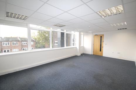 Small Office Suite To Let - Southgate N14