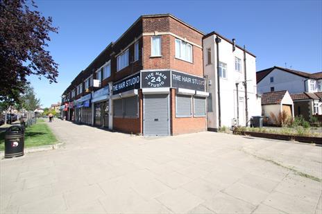 Prominent Retail Unit With Generous Parking To Let - Enfield EN1