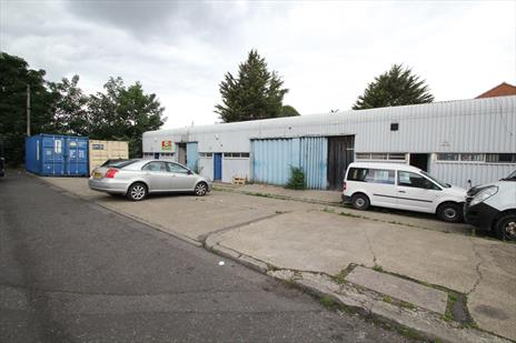 Storage Unit To Let - Edmonton N18