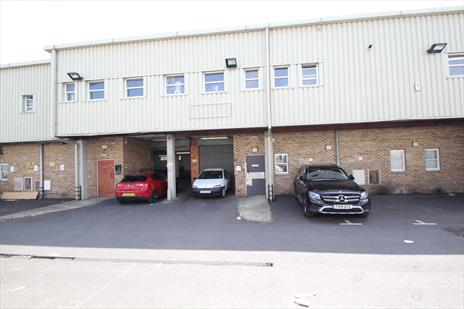 Industrial Warehouse To Let - Enfield EN3