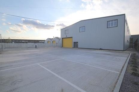 Industrial Warehouse Units With Private Yards To Let / For Sale - Edmonton N18