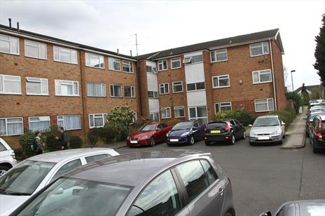 Freehold Ground Rent and Garages Investment For Sale - Oakwood London N14